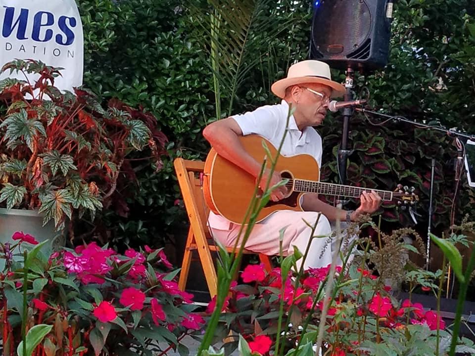 201909-garden-blues-Chuck-Lambert