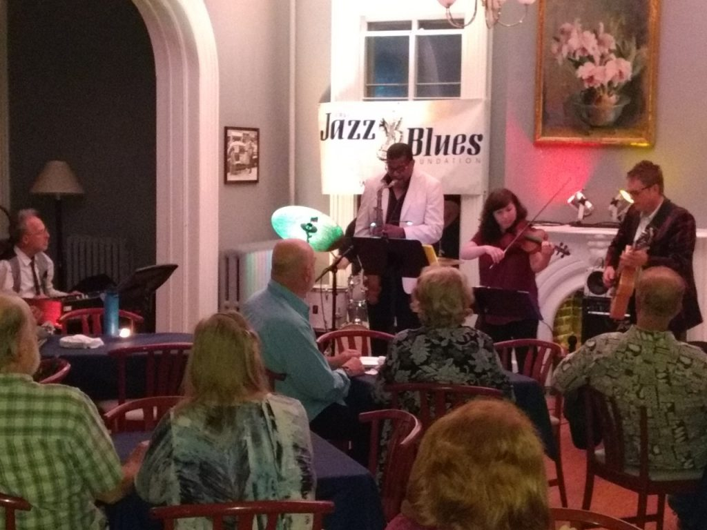 Charlie Apicella & Iron City Jazz band with guest violinist Amy Bateman